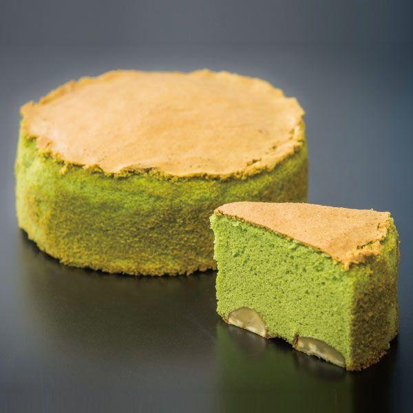 写真:渋皮栗と抹茶のバターケーキ
